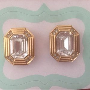 💰BOGO💰 Gold & Rhinestone earrings excellent cond